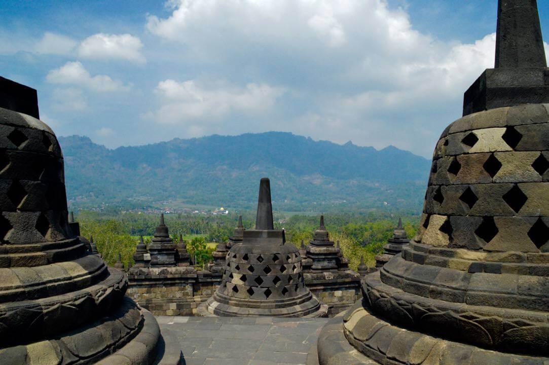 de vele stupa's