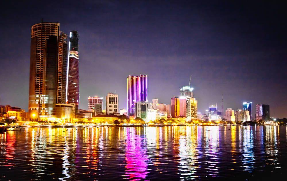 De skyline van HCMC