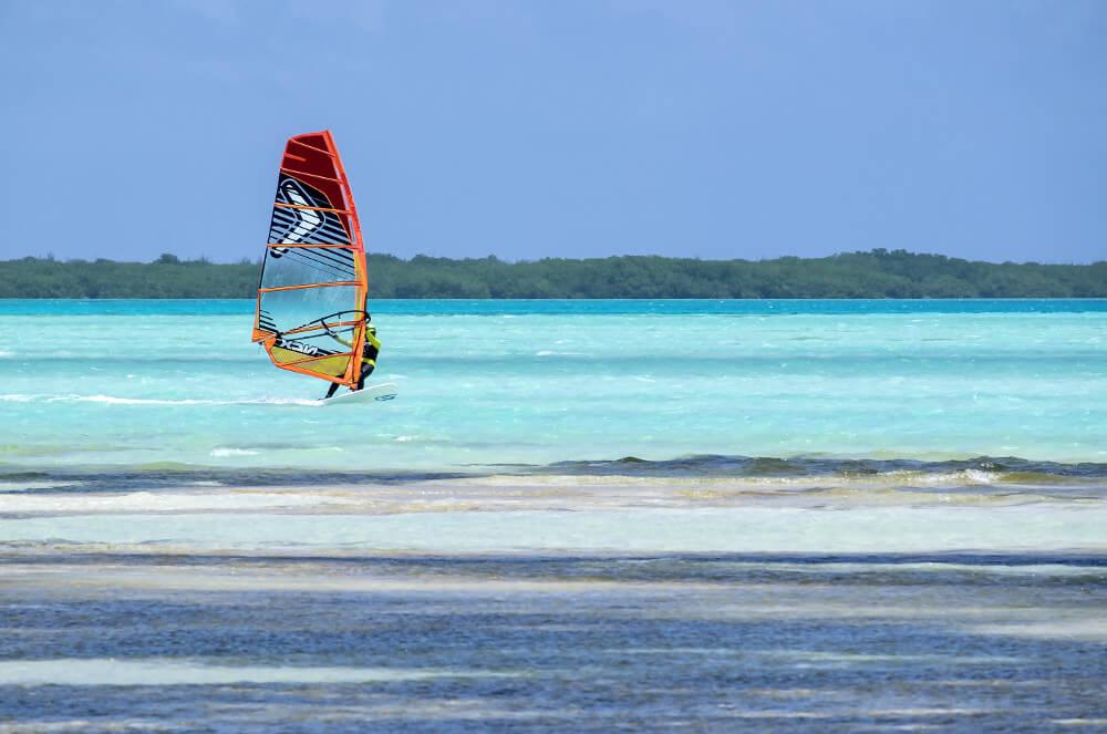 Surfen op Curacao