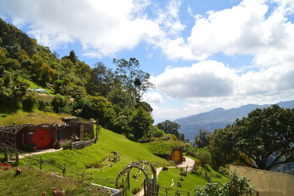 Hobbitenango, Antigua