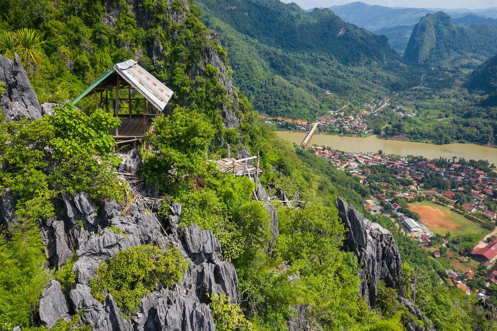 Pha Daeng Peak