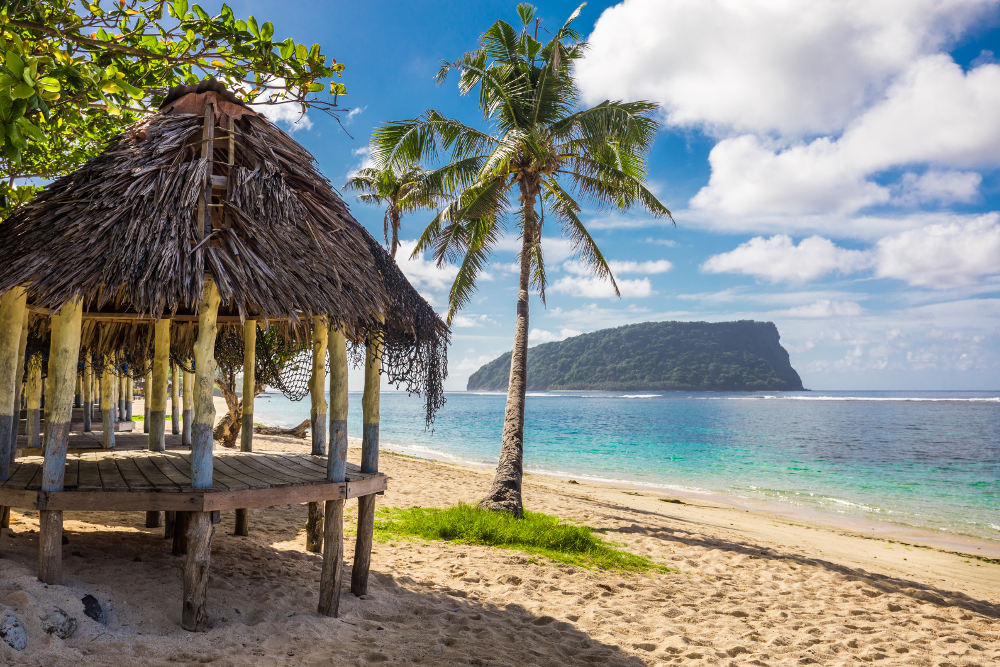 Fale op Lalomanu beach